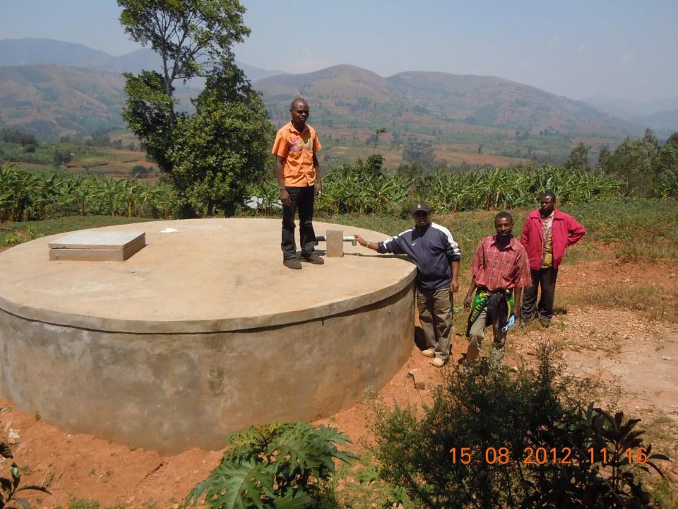 Cisterna n° 2 a Musiru dalla Sorgente Mirhego lontano da 7 km