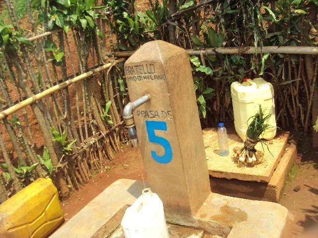 Fontana n° 5 a Namayange- CIGINA