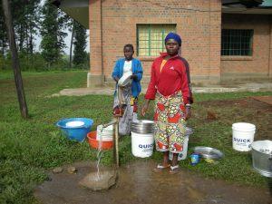 Realizzazione acqua a Kimbulu Butembo 008