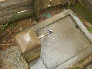 Realizzazione acqua a Kimbulu Butembo 010