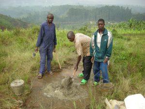 Realizzazione acqua a Kimbulu Butembo 014