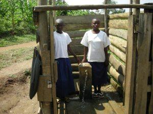 Realizzazione acqua a Kimbulu Butembo 019