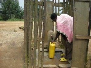Realizzazione acqua a Kimbulu Butembo 025