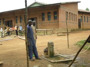 Realizzazione acqua a Kimbulu Butembo 026